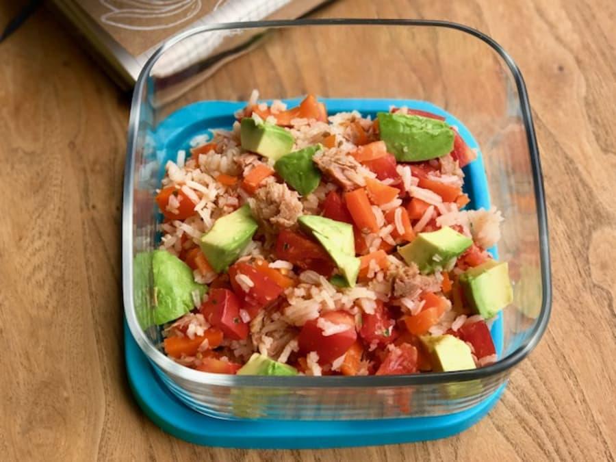 como hacer arroz con atun lata