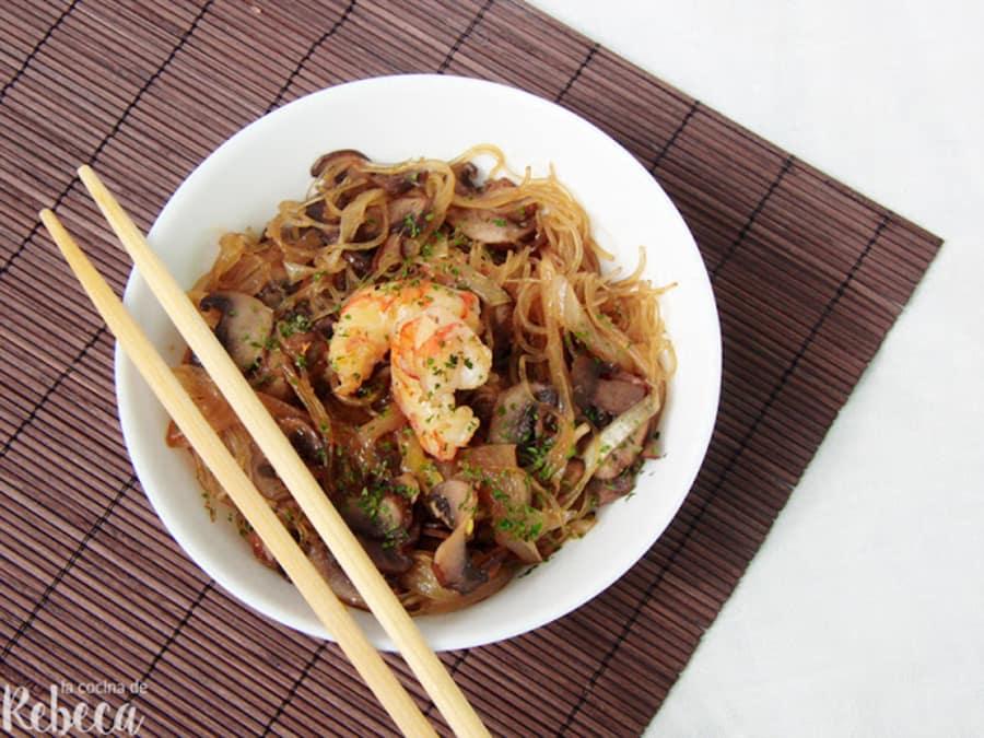 Glass Noodles Con Champinones Y Gambones