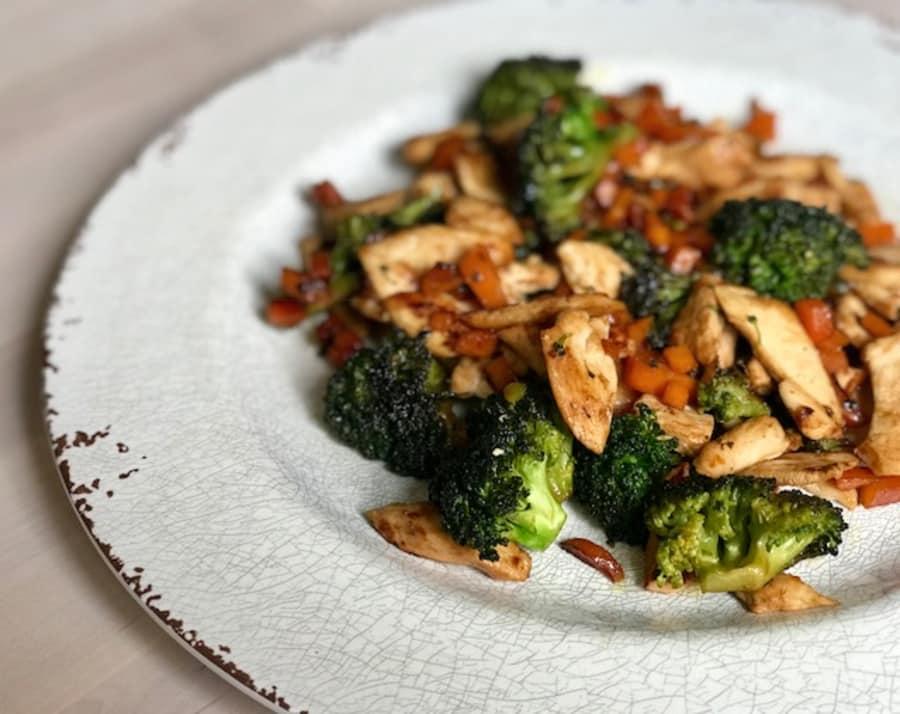Recetas saludables con brocoli y pollo